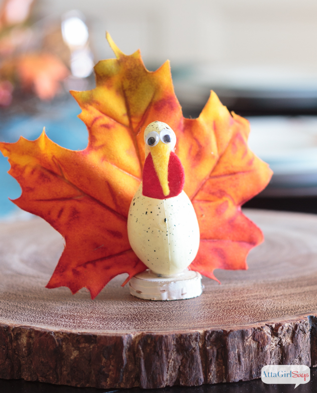 Looking for Thanksgiving craft ideas that are fun for the whole family? These goofy gourd turkeys are simple and inexpensive to make. Click for the full tutorial