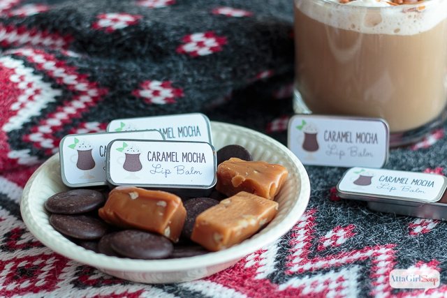Made with coffee butter, black cocoa butter and caramel flavoring, this moisturizing caramel mocha lip balm recipe will remind you of your favorite coffeehouse drink.