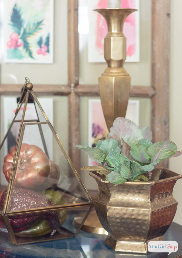 If you're a collector, you'll love this gorgeous fall home tour, featuring amazing vintage finds and lots of DIY fall decor ideas.