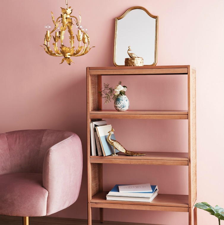 If you love vintage decor, hurry to Target to check out the new Opalhouse collection. This gold wall mirror is just one of the fabulous vintage-style pieces you'll find at great prices! #opalhouse #targetstyle #vintagestyle #gold #mirror