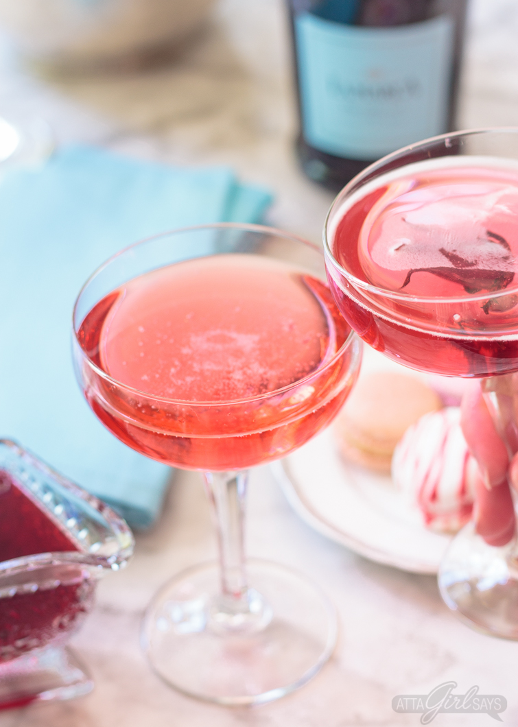 Msg 4 21+: No special occasion necessary. Invite your best gal pals over for brunch and laughs and serve up these delicious pretty pink hibiscus cocktails featuring La Marca Prosecco. Learn how to make infused hibiscus vodka and hibiscus simple syrup to make recipes to make three different versions of the hibiscus Prosecco cocktail, plus ideas for throwing a fabulous brunch. #ad #CelebratorySips #CelebrateWithLaMarca