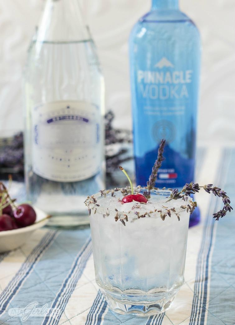 French vodka lemonade cocktail rimmed with lavender sugar