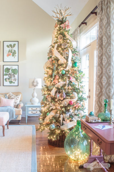 Style Showcase 8: Christmas Tours, Decorating Tips More