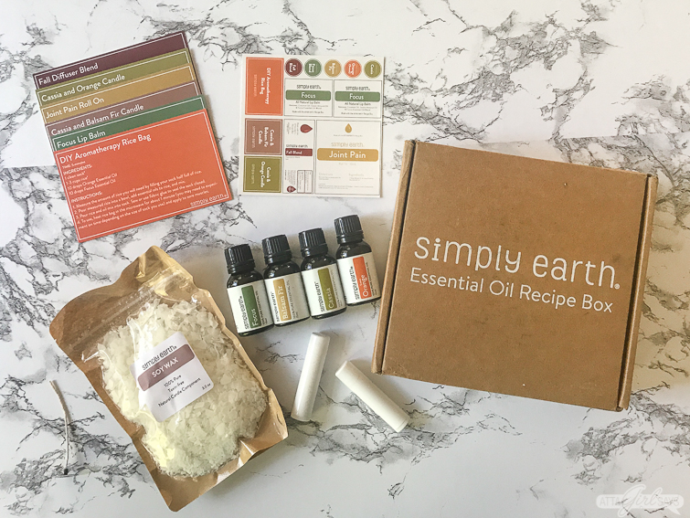 contents of the October 2019 Simply Earth Essential Oil Recipe box