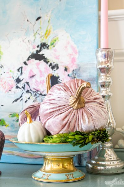 How to Add Vintage Glam Style to Your Home This Fall