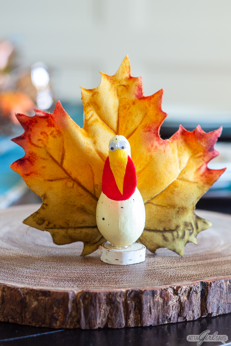 goofy turkey craft made from a gourd and leaf