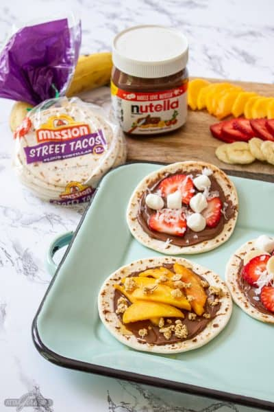 mini tortillas topped with Nutella and fruit