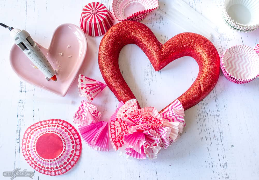 supplies to make a cupcake liner Valentine's Day wreath
