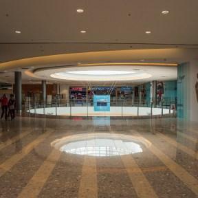 Mall April 072
