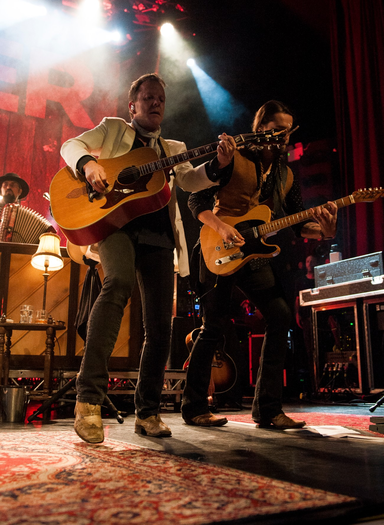 kiefer sutherland manchester ritz by mike ainscoe 7