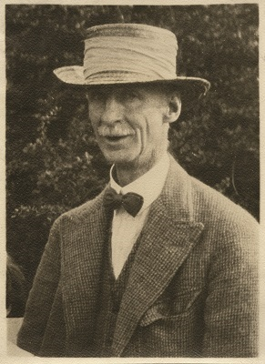 Architect Howard Van Doren Shaw circa 1920.