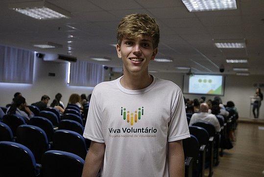 Rede social faz seleção para voluntários