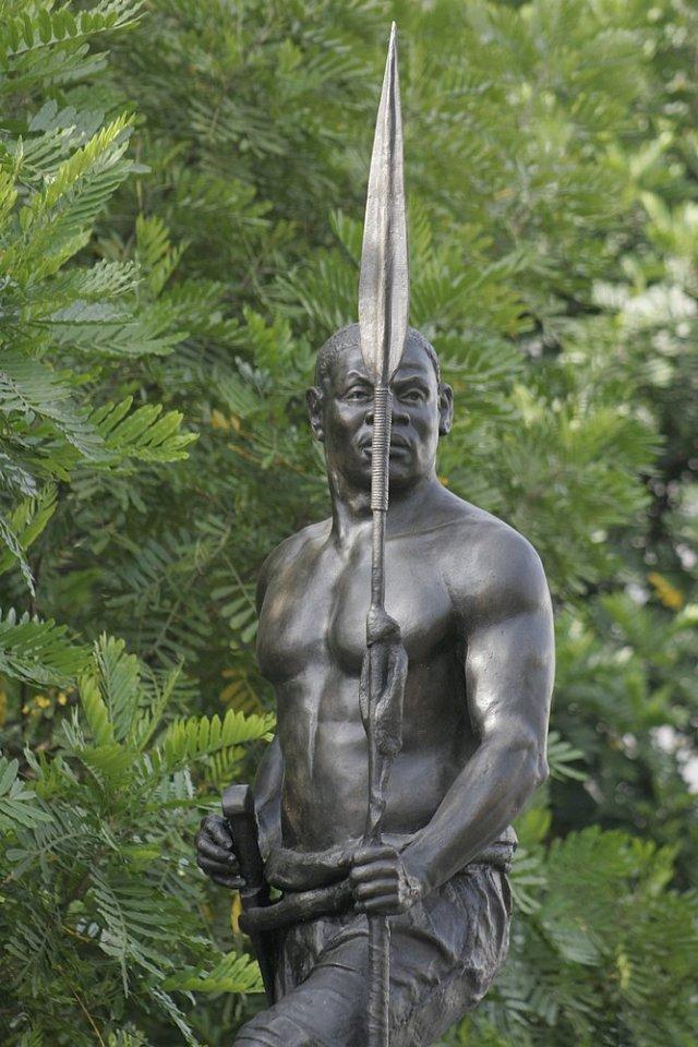 Lança da Estátua de Zumbi dos Palmares foi roubada