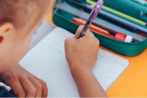 Educação na pandemia: Ensino a distância dá importante solução emergencial, mas resposta à altura exige plano para volta às aulas