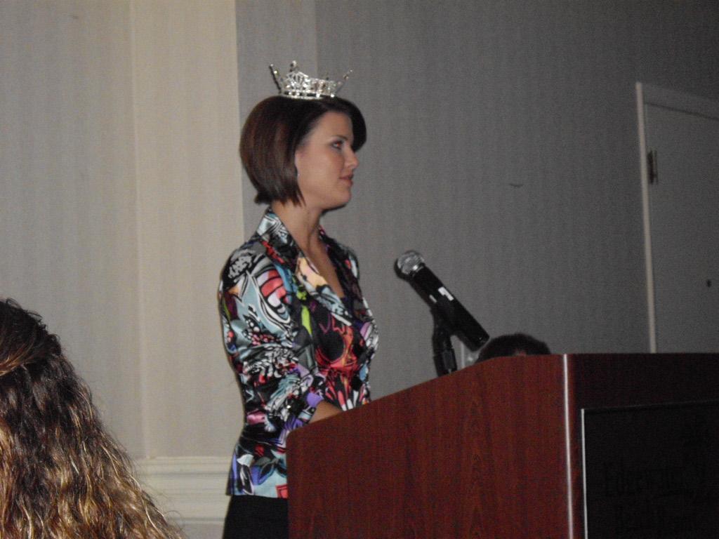 Sierra Minott, Miss Florida 2008 at NAREN 09 Conference