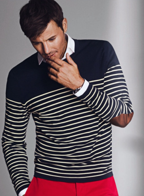 Men V Neck Sweater Mens Fashion Sweaters F Sweater Casual Sweaters for Men Find this Pin and more on Apparels by Peter Chen. Casual Chic - Black/Grey V-neck sweater and a white shirt as an easy way to keep warm without a suit jacket.