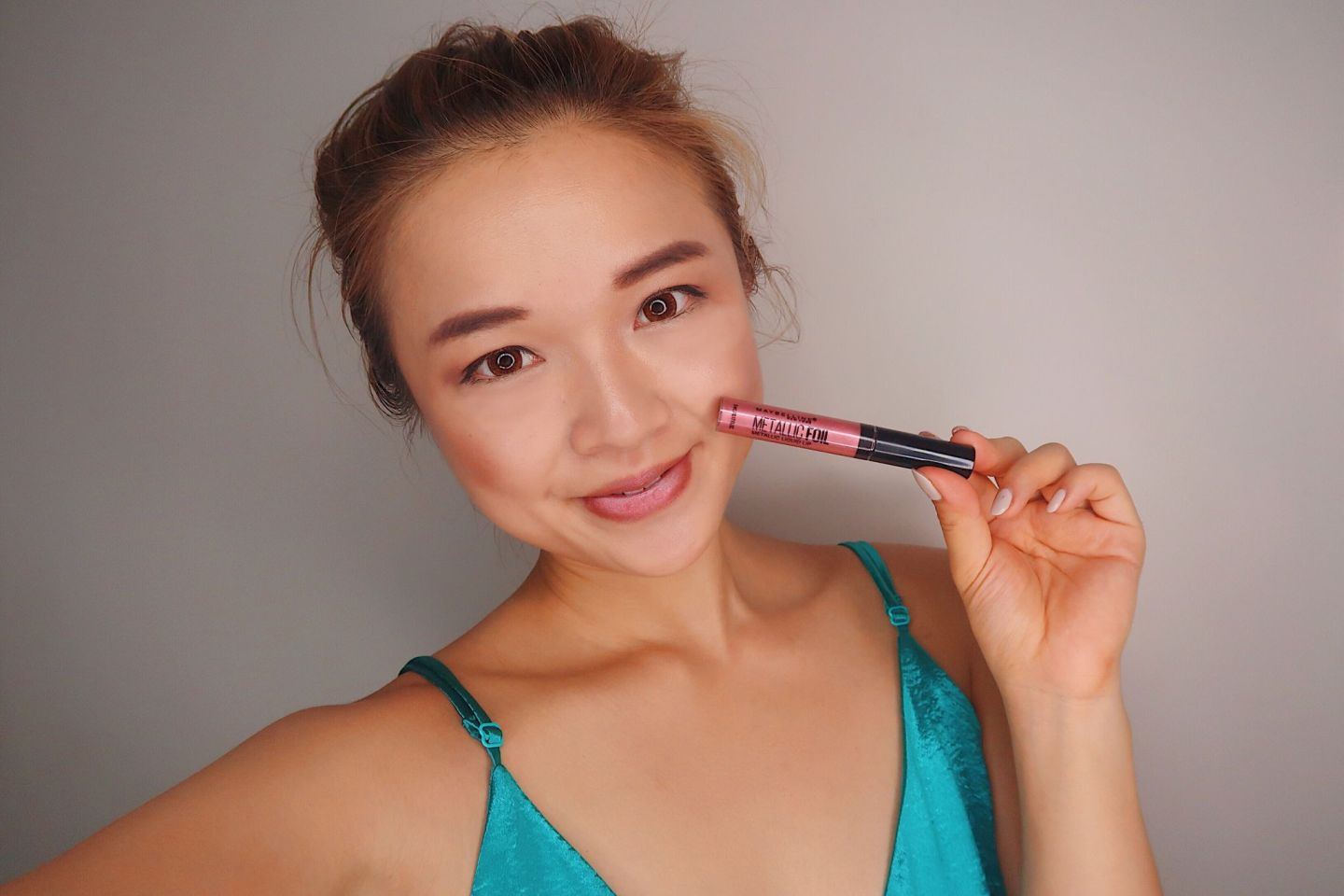 Beauty Review: Maybelline Lip Studio Line: Electricshine + Glitterfix + Metallicfoil