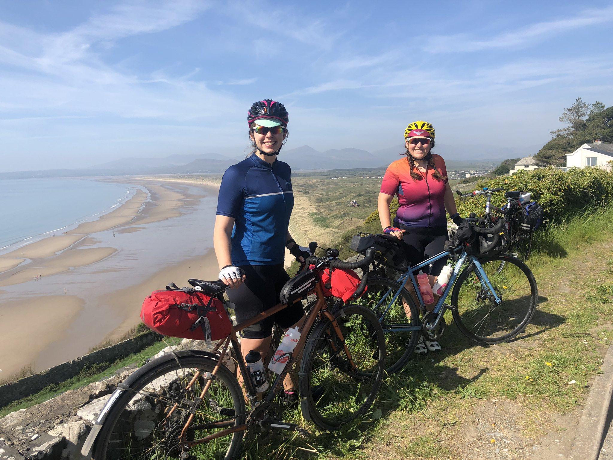 Cycling across Wales on the Lon Las Cymru