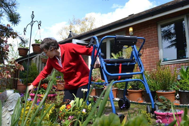 Award Winning Gardener Gets Help with Uniscan