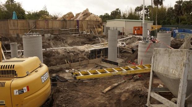 Aquatica slide construction_2955