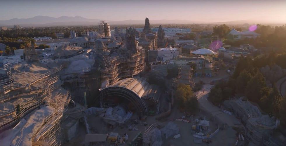 Galaxy's Edge at Disneyland