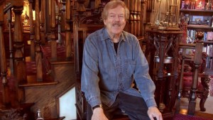 Disney Legend Tony Baxter shares the history of Star Tours