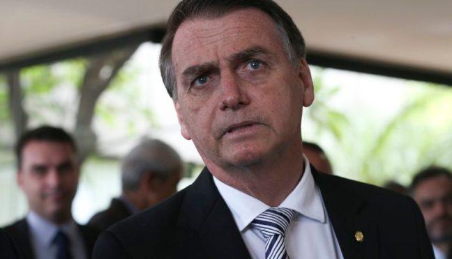 Bolsonaro diz que vai abrir sigilos do BNDES na primeira semana de governo