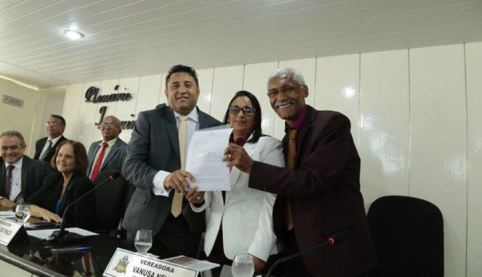 MP investiga Dutra e Marinho por fraude na Previdência e funcionários fantasmas