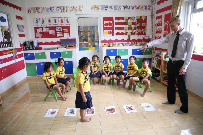happy english class with children-in china