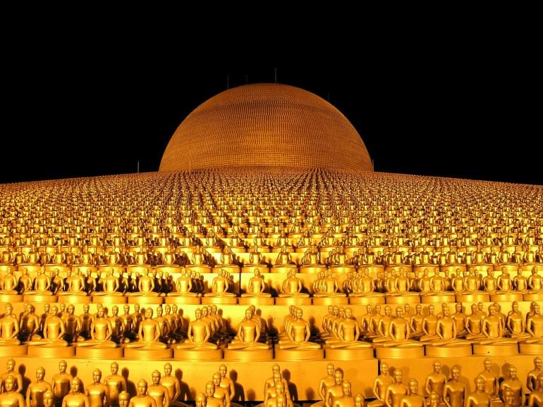 Dhammakaya Pagoda Thailand