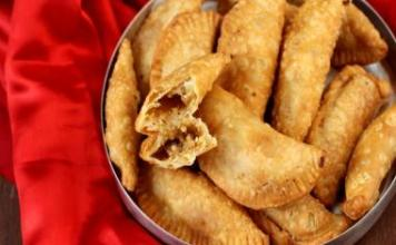 recipe-of-pirikiya or gujiya