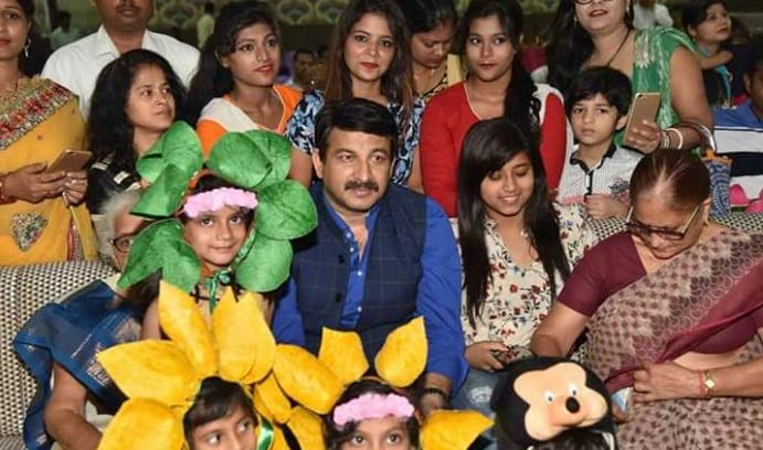 manoj tiwari and shubhi sharma attended kids summer camp