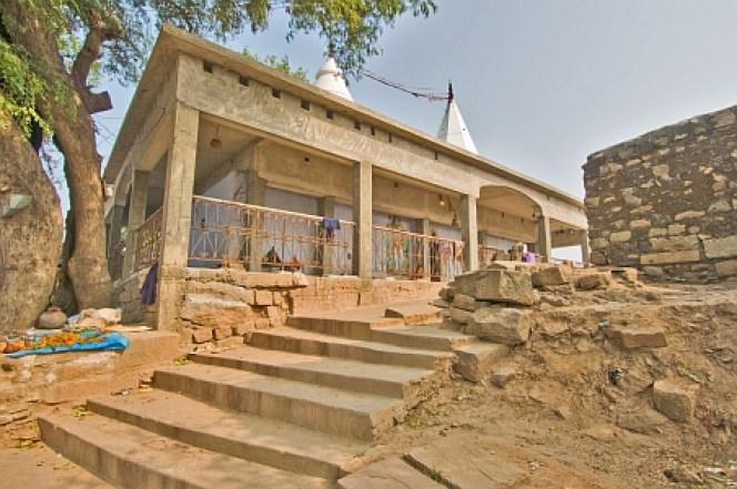 shiv temple on barabar hill
