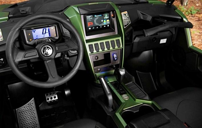Wolverine RMAX4 1000 XT-R Interior
