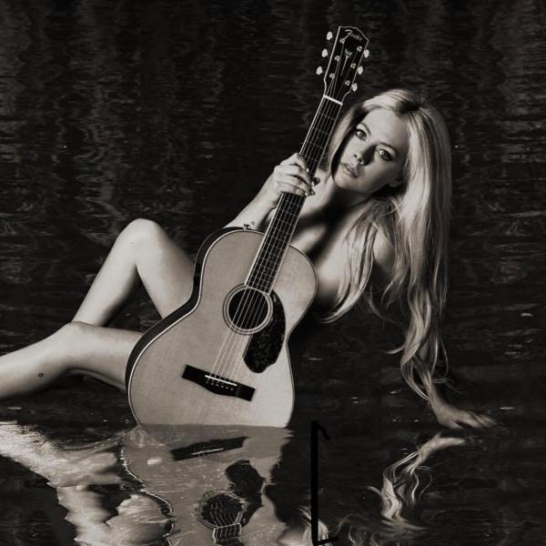 head above water avril lavigne album cover