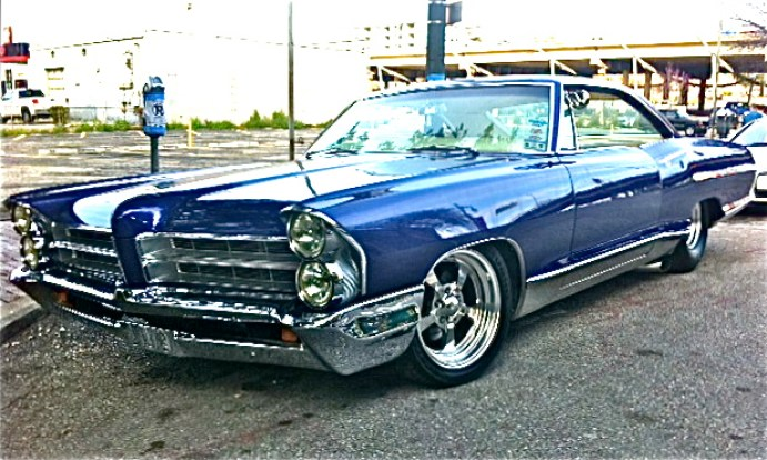 Cars For Sale Austin Tx >> Brilliant 1965 Pontiac Bonneville Custom on E. 6th St. | ATX Car Pictures | Real Pics from ...