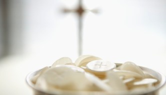 How beautiful the face of our Lord in the Eucharist!