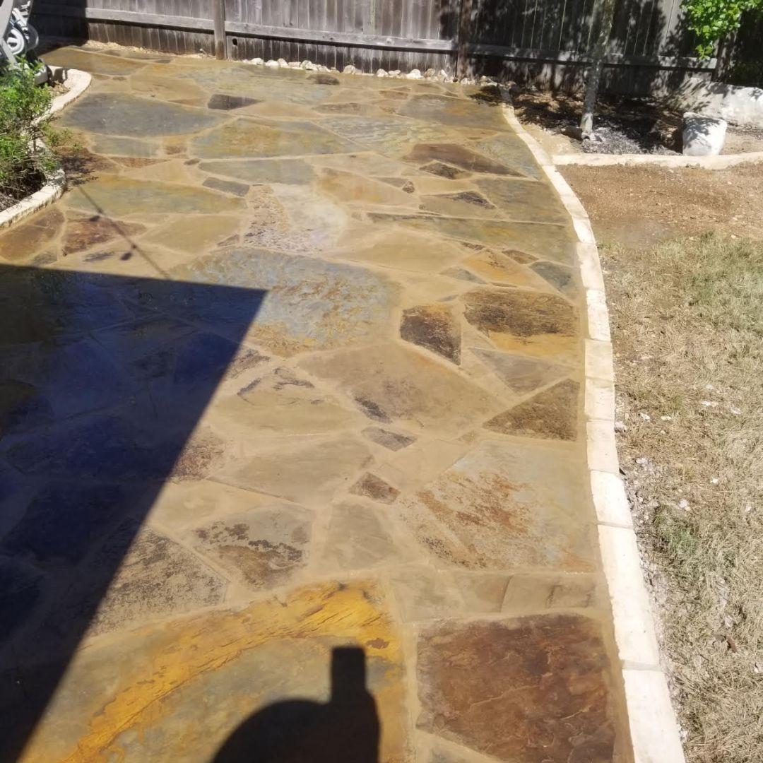 Flagstone patio installation in Austin, tx