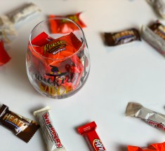Your Guide to Wine and Halloween Candy Pairings