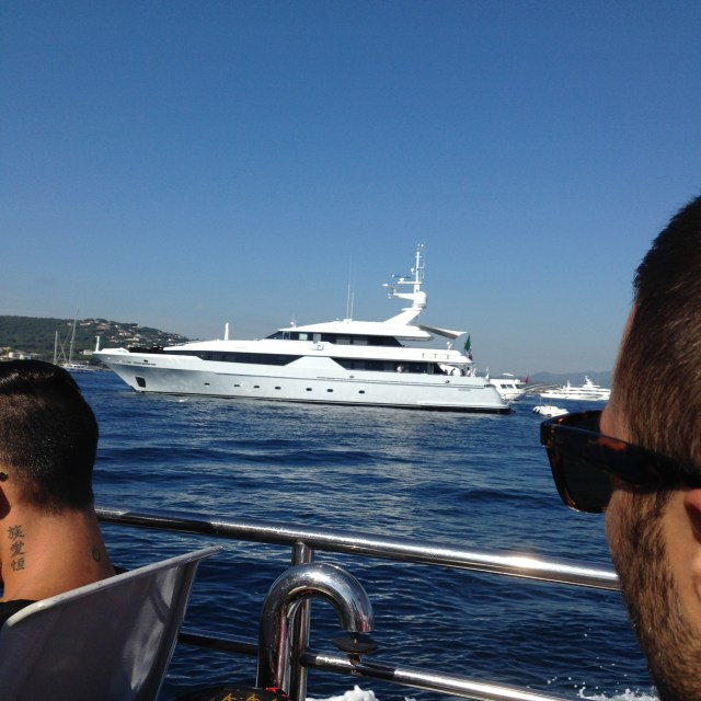 St. Tropez. En ROute. Hey Yacht. Outta our way!
