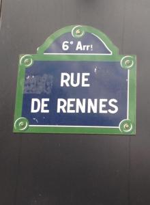 Paris. Rue du Rennes sign.