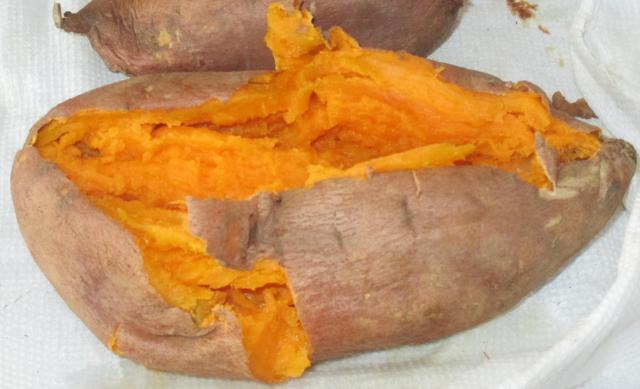 cooked sweet potatos