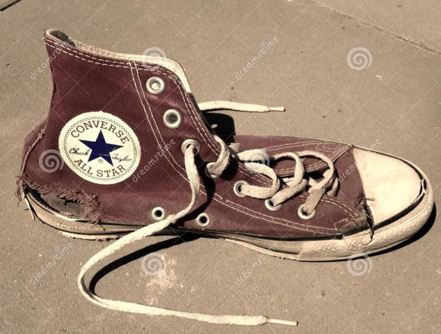 old-torn-vintage-converse-all-star-shoe-houthalen-belgium-august-red-chuck-taylor-62246654