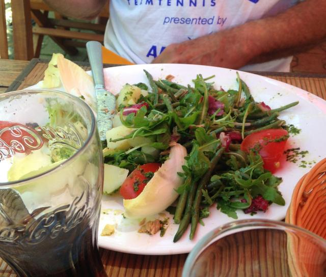 Food. Chez Richard Salade Nicoise