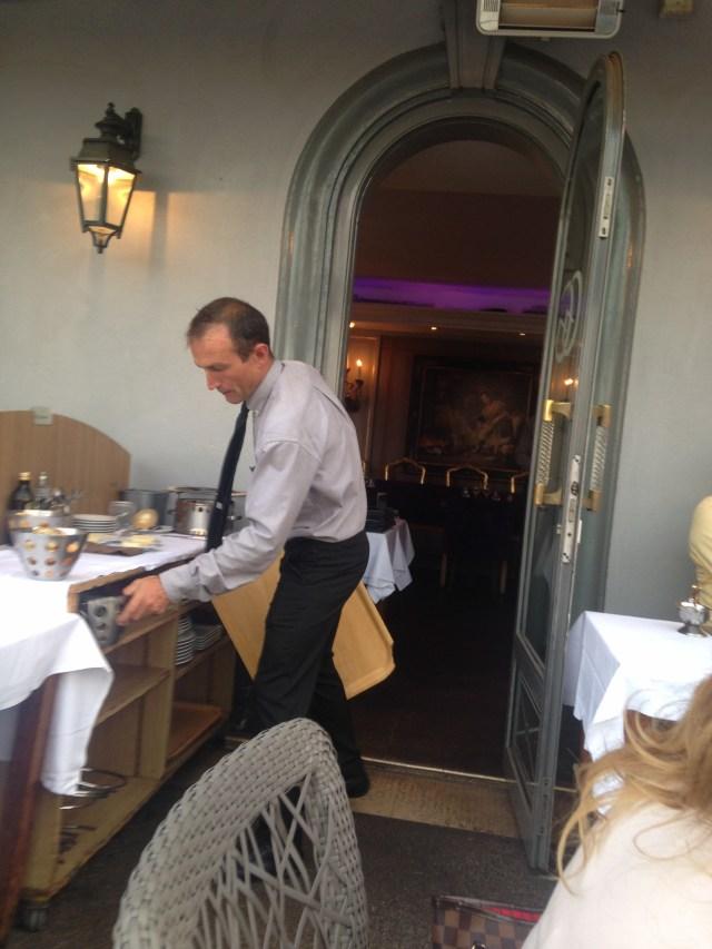 Gaston Gastounette waiter works his ass off