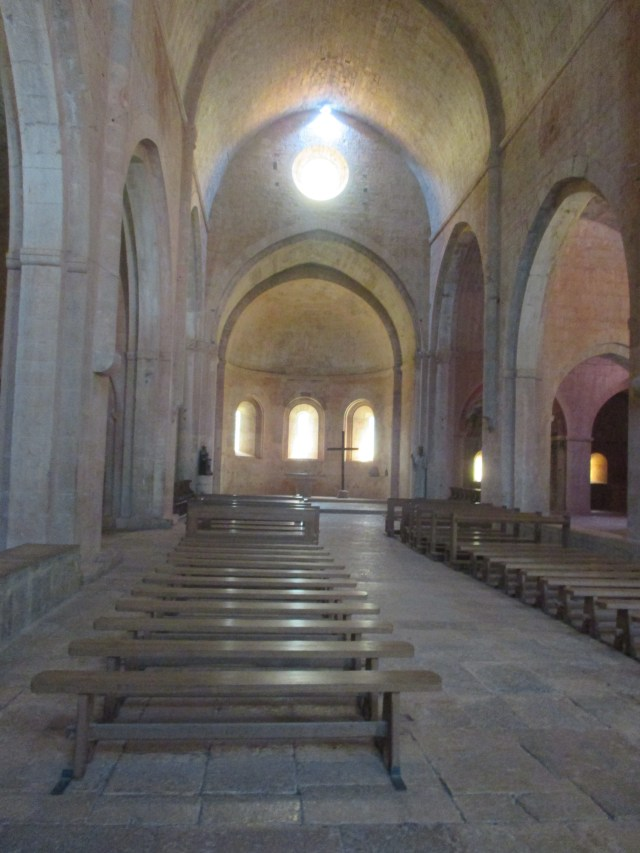 Thoronet. Church
