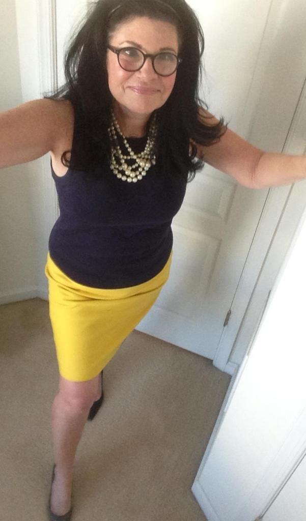 yellow-skirt-closer-view