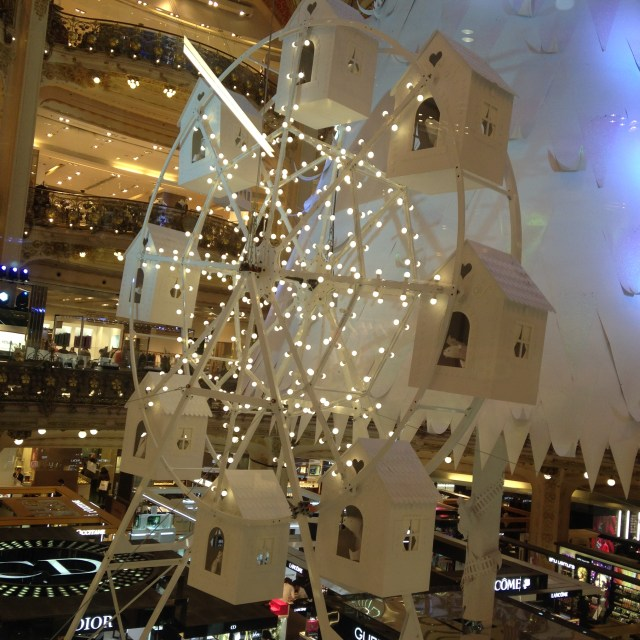 galeries-lafayette-close-up-of-ferris-wheel