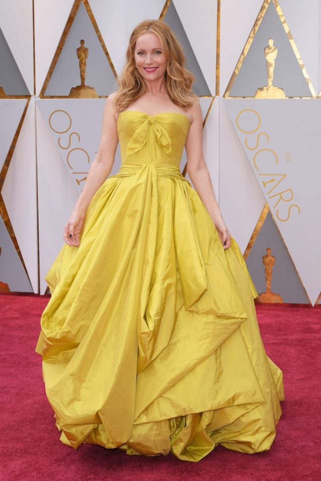 leslie-mann-belle-dress-oscars-2-copy