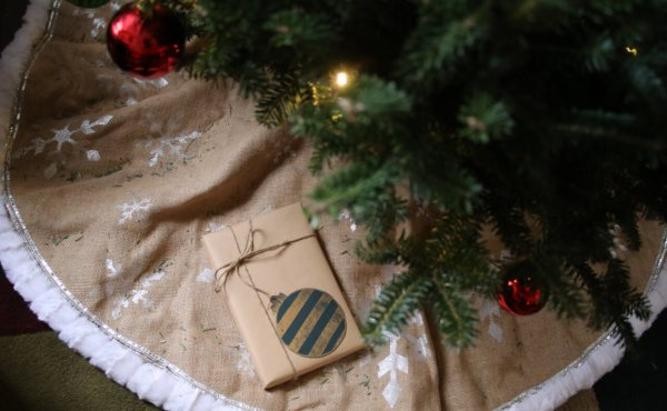 8 Ways to Treat Your Christmas List Like a Budget